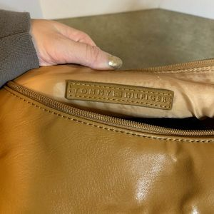 Tommy Hilfiger Brown Leather Purse